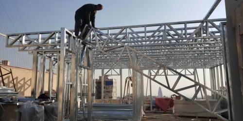 سازه فولادی سبک